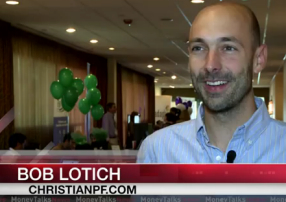 081 How To Build A Successful Blog In A Competitive Niche – With Bob Lotich